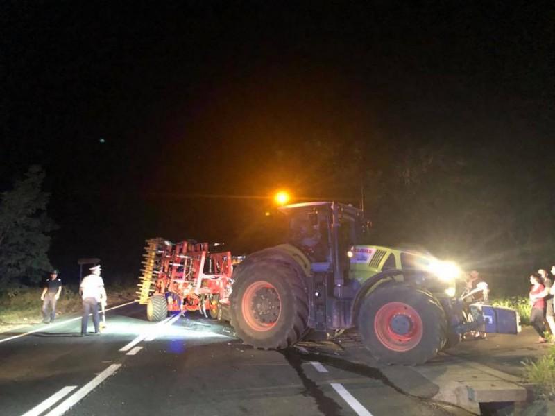 Grav accident rutier pe DE 583