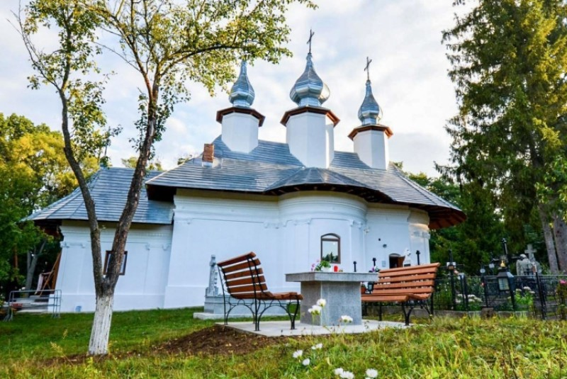 Grigore Ilisei: Lecţia iubirii, lecţia milostivirii la Mănăstirea Vorona