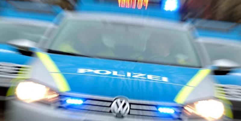 Groaznic accident rutier în Germania: Un român a fost călcat de trei mașini!