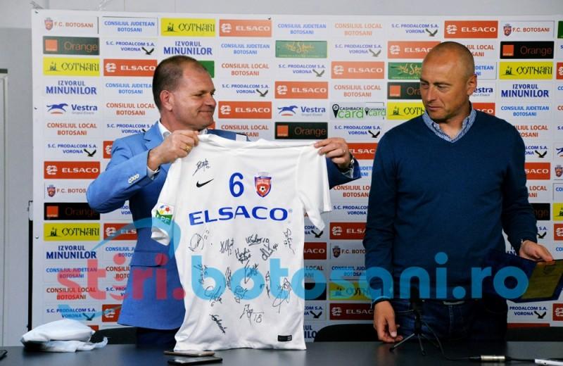 Grozavu a fost premiat de FC Botosani! FOTO