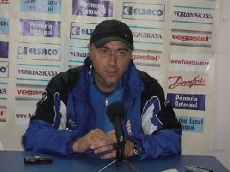 Grozavu va sta în tribună la meciul cu FCM Bacău
