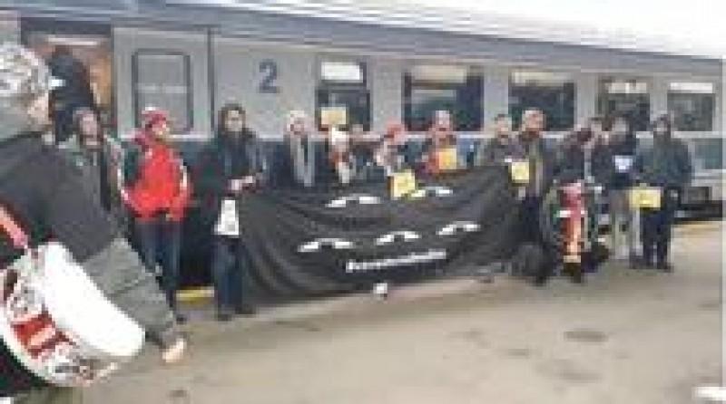 Grupuri de manifestanti din tara au ajuns la Bucuresti pentru a participa la protest!