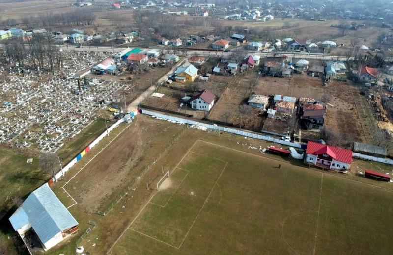 """GSP: Superreportaj cu cea mai nordică echipă din fotbalul românesc: """"Toți se plâng când trebuie să vină aici"""""""