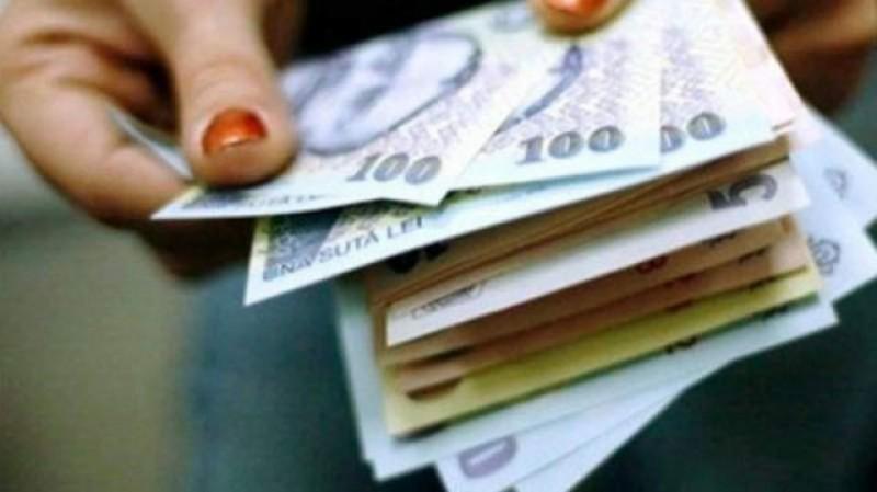 Guvernul Dăncilă NU mai măreşte salariul minim brut cu 100 de lei!
