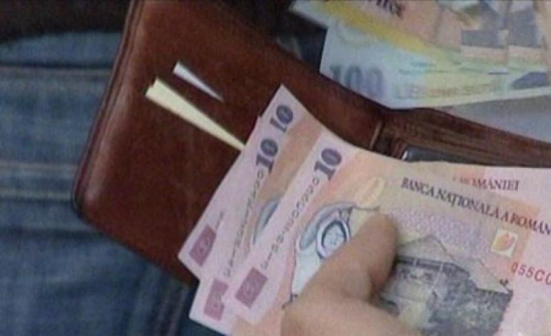 Guvernul propune salarii mai mari pentru paznici şi şoferi, în dauna dascălilor şi asistenţilor