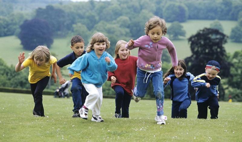 Guvernul va amâna cu cel puțin jumătate de an, prin ordonanță de urgență, plata alocațiilor dublate pentru copii