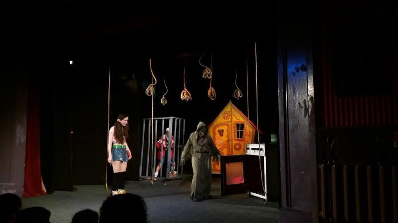 Hansel și Gretel pe scena Teatrului Vasilache, într-un spectacol despre copii și părinți!