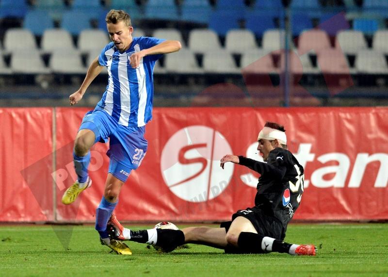 HORROR: Un jucator de la Craiova, dorit de FC Botosani, accidentat GRAV in meciul din Cupa! Verdict: dublă fractură de tibie şi peroneu! VIDEO