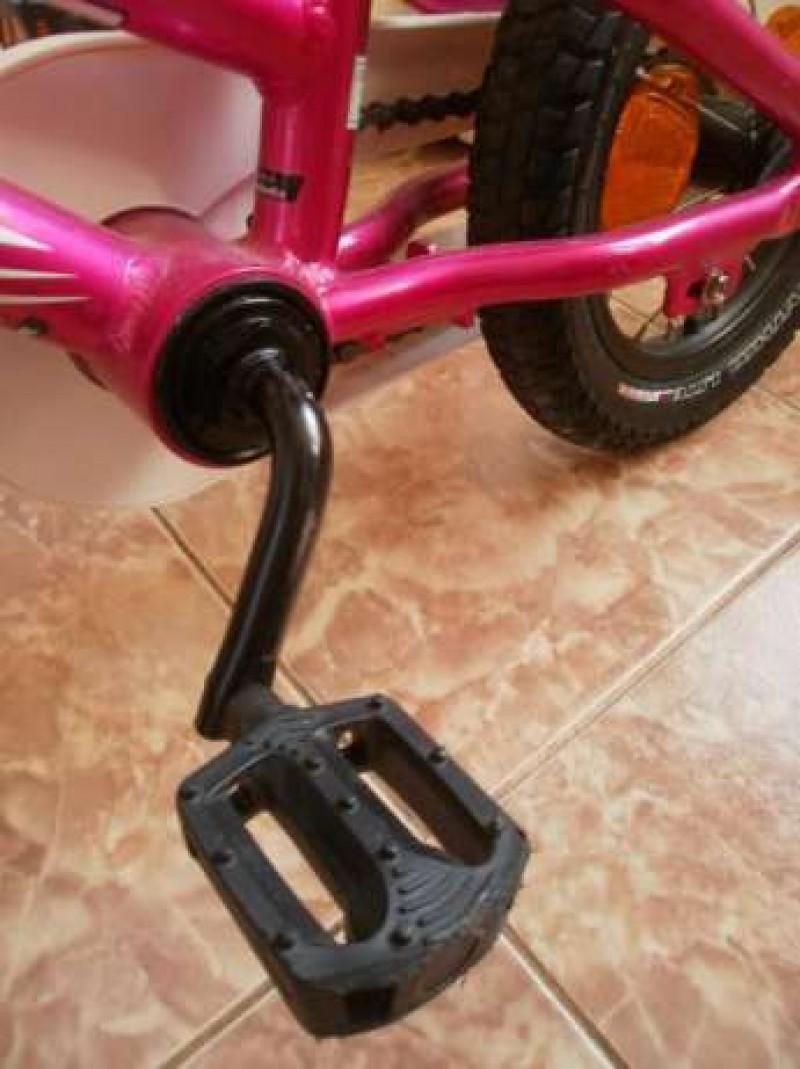 """Hoţ """"pasionat"""" de biciclete, prins de jandarmii botoşăneni!"""