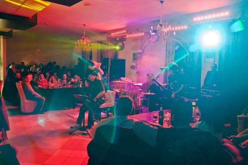 Hotel Premier Botosani va invita la concert!