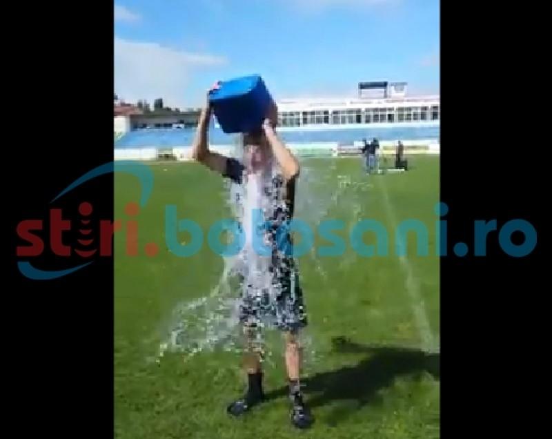 Ice Bucket Challenge a ajuns la FC Botosani! VEZI cine sunt jucatorii care si-au turnat apa cu gheata in cap! VIDEO
