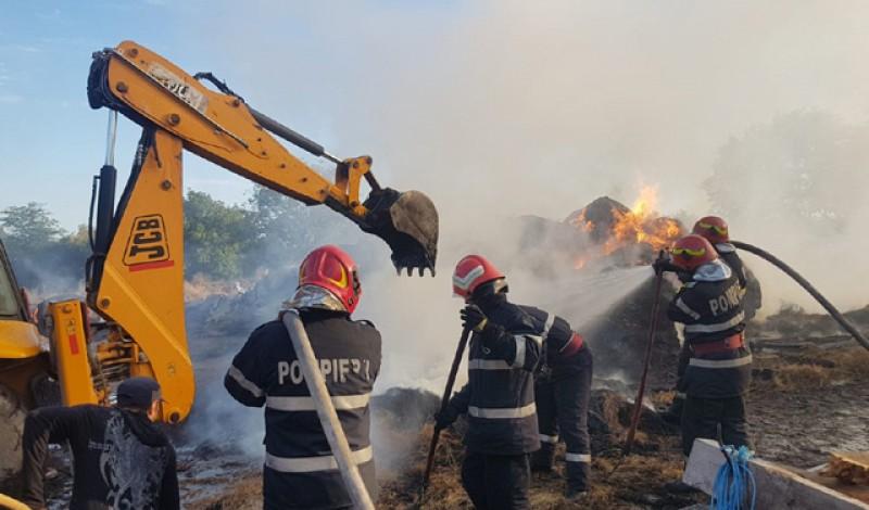 Ignoranța la români: Un incendiu devastator a distrus agoniseala unei familii dintr-o comună din Botoșani