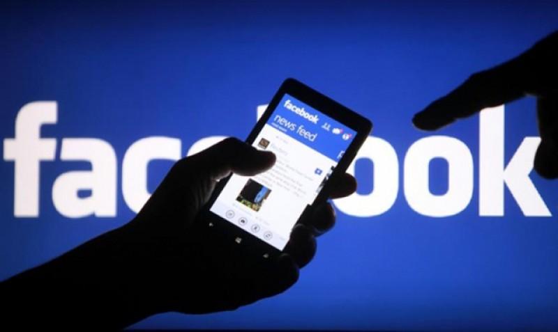 Îi înjuri și jignești pe necunoscuți pe Facebook? PREMIERĂ în România: patru ani de închisoare pentru postări rasiste pe rețeaua de socializare