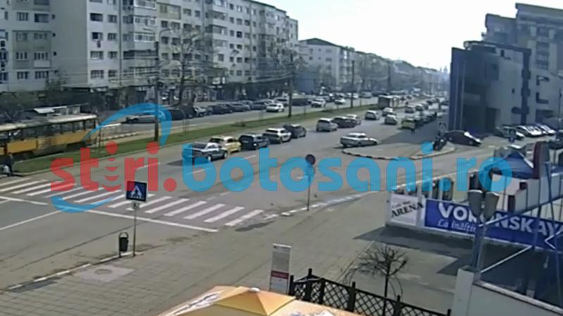 IMAGINI VIDEO cu momentul producerii accidentului de la stadion, in care au fost implicate patru masini!