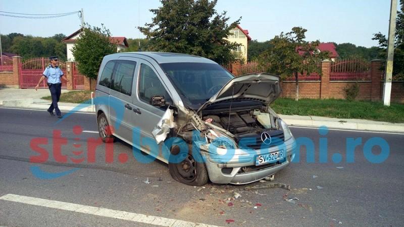 Impact între două autoturisme pe drumul Botoșani - Suceava! FOTO