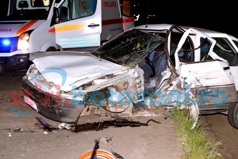 IMPACT între două autovehicule la Vorona: un tată şi cei doi copii au ajuns la spital în urma accidentului! FOTO, VIDEO