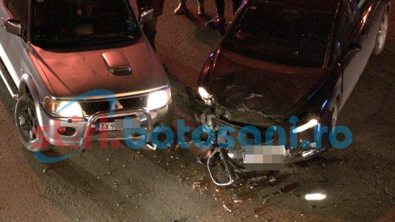 IMPACT între două mașini, într-o intersecție din municipiul Botoșani! FOTO, VIDEO