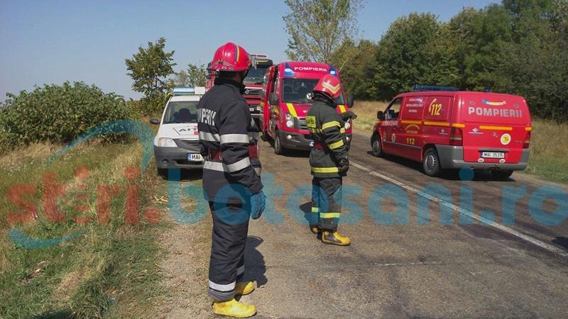 Impact intre doua masini pe drumul Botosani - Iasi! Unul dintre soferi a ajuns la spital!