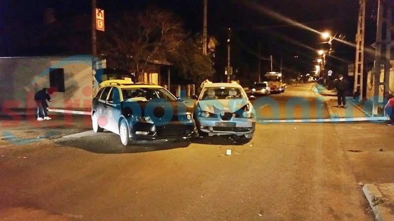 Impact între două mașini pe o stradă din Botoșani, din vina unui șofer neatent! FOTO