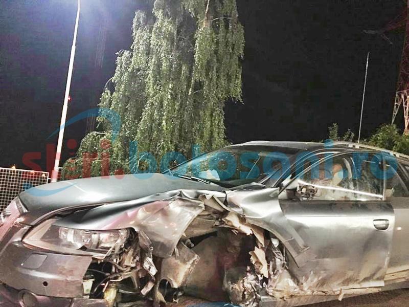 Impact violent pe drumul Botoșani-Iași! Un bărbat a ajuns la spital! FOTO