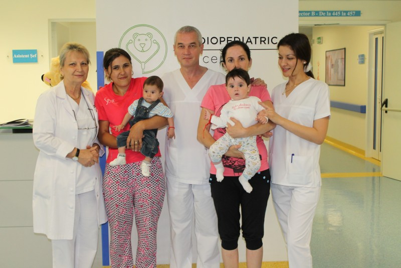 Împreună pentru o nouă șansă la viață: Două inimi de bebeluși, salvate de români!