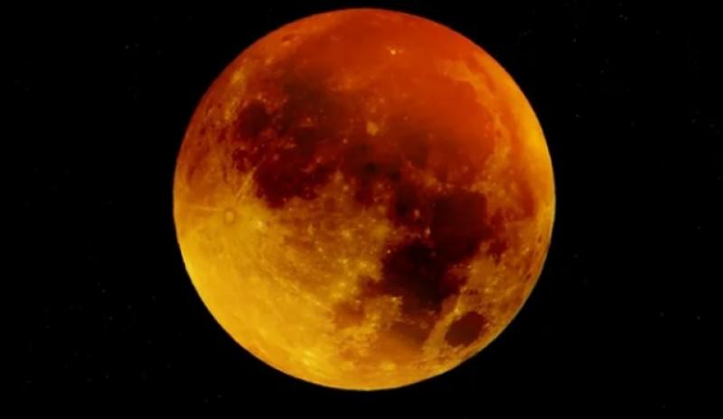 În această seară, prima eclipsă de Lună din 2020. Maximul va fi înregistrat la ora 21:10