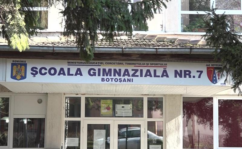 În ce lume trăim? Cadrele didactice și elevii de la Școala Gimnazială nr.7 Botoșani agresate de un cetățean în stare de ebrietate care consuma băuturi alcoolice în fața unității de învățământ