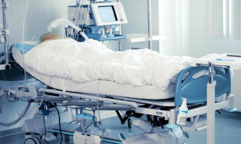 În comă la spital după ce a primit o palmă