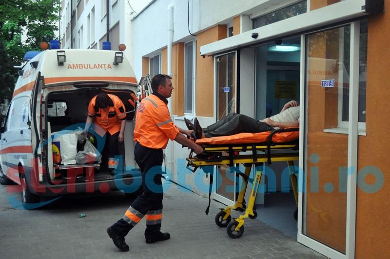 In stare grava la spital, dupa ce a cazut de pe o schela!