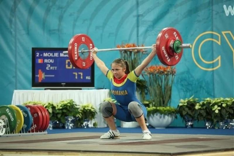 Inca o medalie pentru ROMANIA! Botosaneanca Bianca Molie, argint la Campionatele Europene de Haltere de la Tel Aviv!