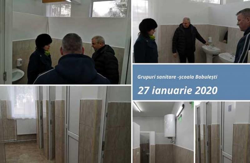 Încă o școală de la Botoșani a scăpat de WC-ul din fundul curții