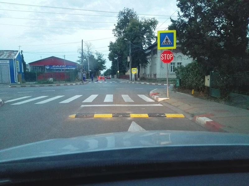 Încă o stradă din municipiul Botoşani cu limitatoare de viteză – FOTO