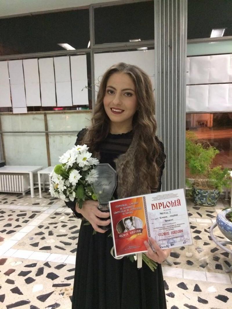 Înca un PREMIU pentru botoșăneanca Simona Mazăre! A obținut Locul 1 la un festival de romanțe și muzică de petrecere! VIDEO