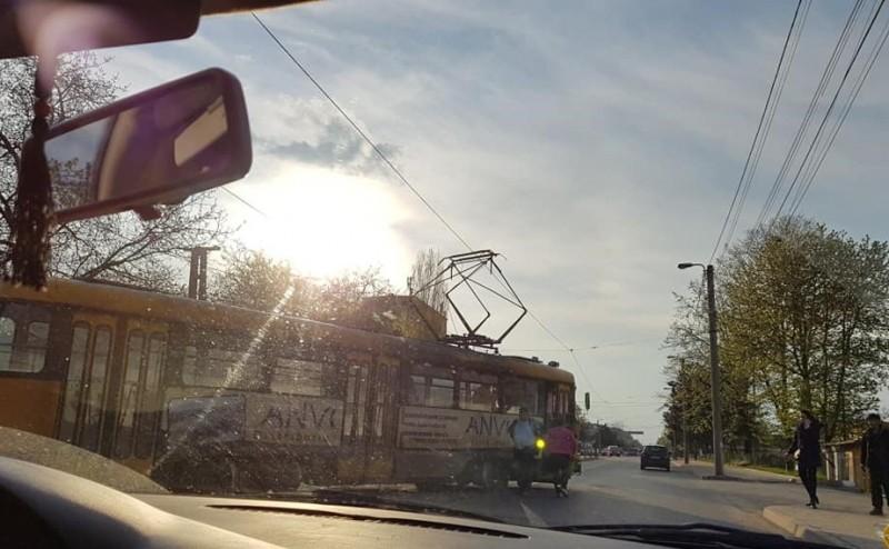 Încă un tramvai a sărit de pe șine. S-a întâmplat în zona industrială - FOTO