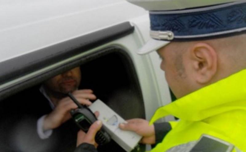 Încă unul la insectar: cules de la volan de polițiști cu alcoolemie de 0,49 mg