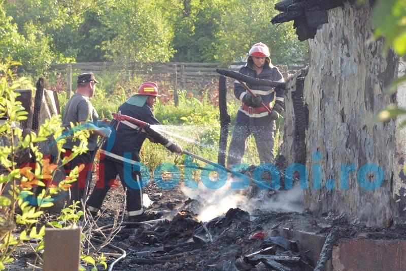 Patru gospodării distruse de foc! Pagube uriașe în urma incendiului de la Ipotești!
