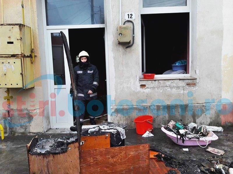 Incendiu într-o casă din Centrul Vechi! FOTO