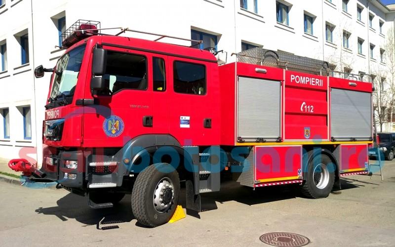 Echipajele de intervenție chemate în ajutor de locatarii unui bloc din Botoșani!