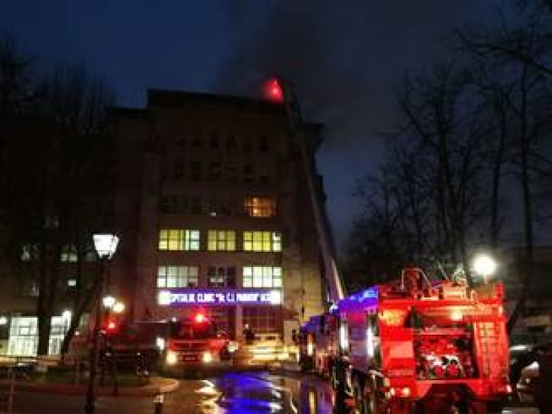 Incendiul de la Institutul de Boli Cardiovasculare din Iasi a distrus blocul operator - NU se mai pot face interventii chirurgicale!