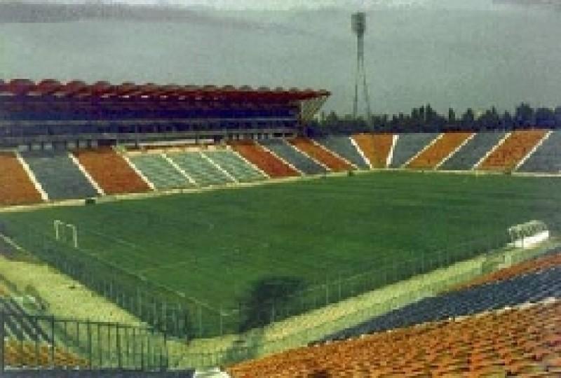 Încep lucrările la stadionul Municipal