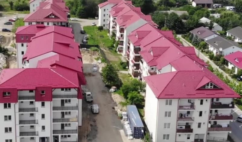 Începe sistematizarea zonei de la ansamblul de locuințe de pe strada 1 Decembrie din Dorohoi