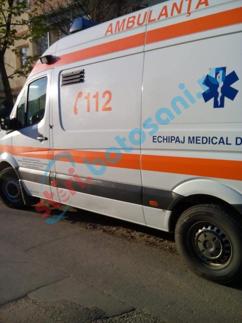 Incident în Carrefour Botoșani: Casieră la spital, după ce a fost lovită la cap de un client!