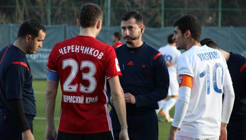 INCREDIBIL! Arbitrul meciului Amkar - FC Botosani ar fi roman, dar oficialii celor doua echipe credeau ca e bulgar...sau turc! VIDEO