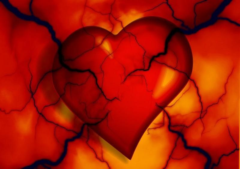 """Infarctul """"silențios"""" se manifestă ca o simplă răceală, dar poate distruge inima definitiv"""