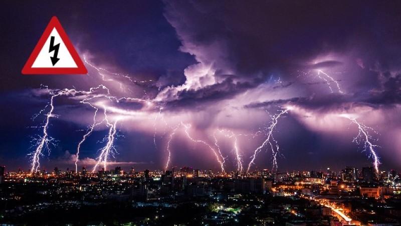 Informare meteo: Vin ploi abundente și furtuni