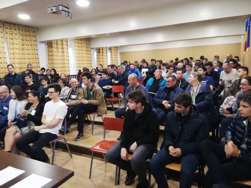 Informarticienii de aur ai ţării au fost la Botoşani - FOTO