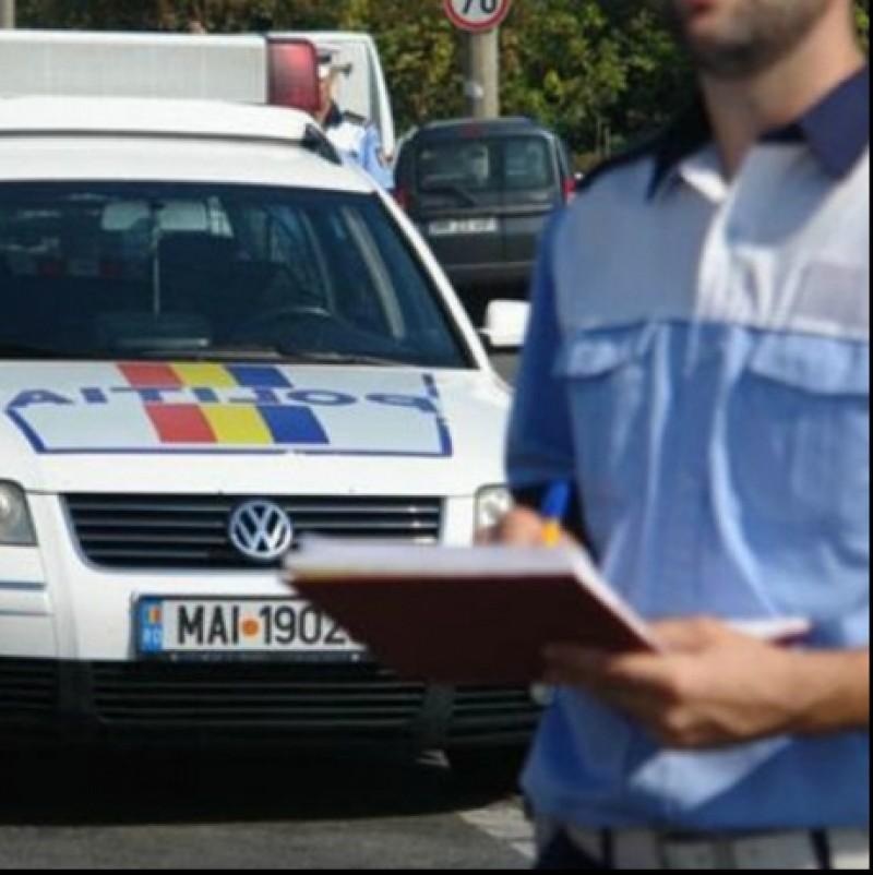 Ingeniozitate ilegală: Ce a făcut un botoșănean după ce polițiștii i-au reținut plăcuțele de înmatriculare!