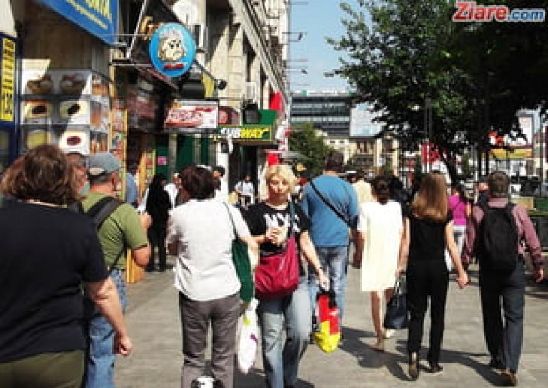 INS face recensământ național: Cine își completează online singur fișa primește o zi liberă