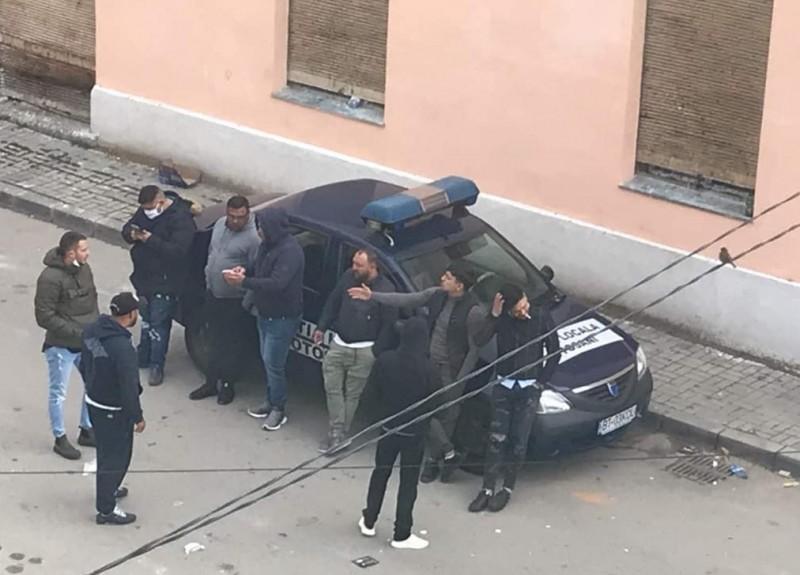 Inspectoratul Poliției a demarat verificări privind situația neobișnuită imortalizată în Centrul Vechi