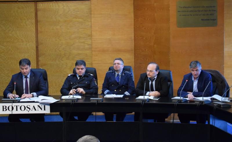 Instruiri cu primarii şi secretarii din judeţ în vederea organizării alegerilor europarlamentare